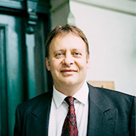 Prof. Bernhard Riedel