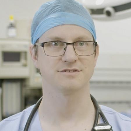 Dr Stuart Marshall